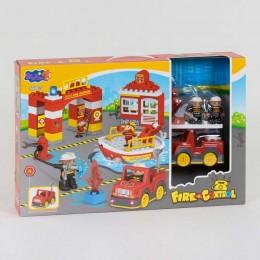 """Конструктор 3805 (12/2) """"Пожарная Станция"""" 56 деталей, звук, свет, в коробке"""